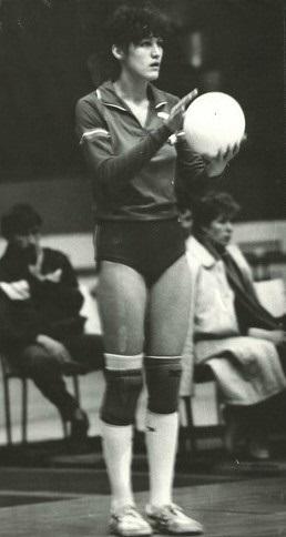 Olga Krivosheeva beim Aufschlag