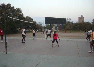 Training auf dem Betonplatz in Botswana